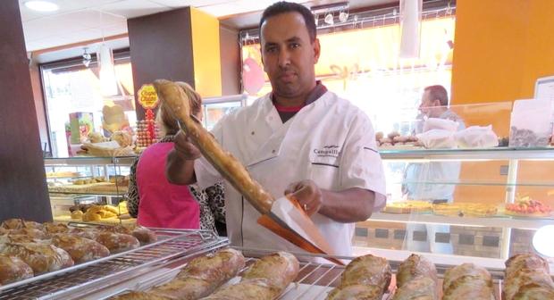حوار مع الباعمراني ابراهيم بنعدي الحائز على جائزة أحسن خبز تقليدي بفرنسا