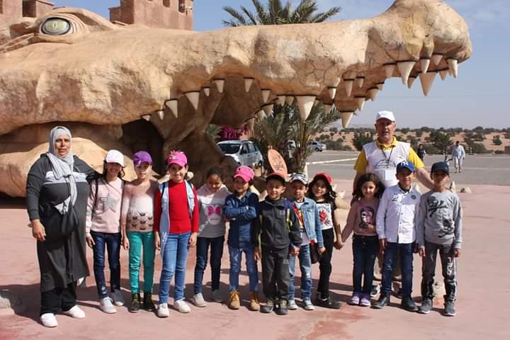 رحلة ترفيهية لتلميذات وتلاميذ مدرسة النهضة بسيدي إفني.